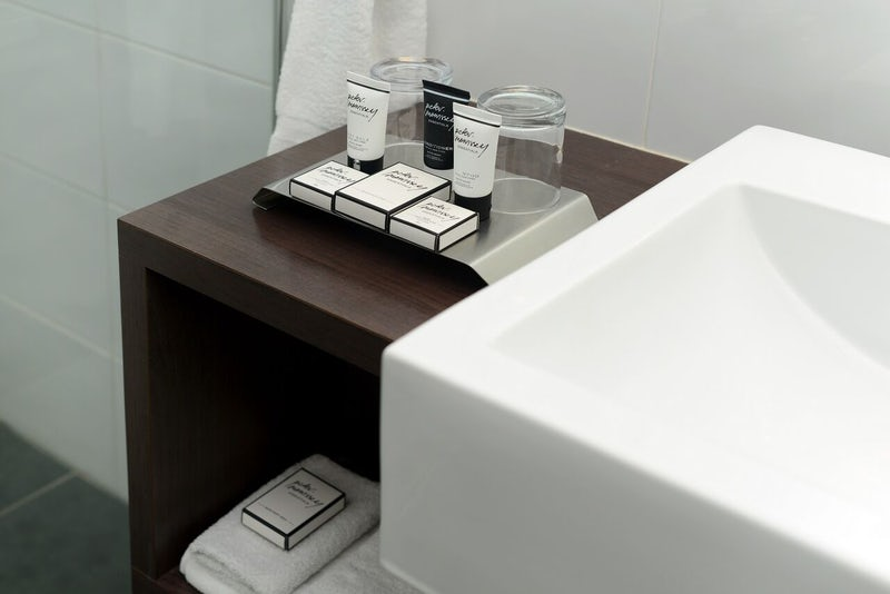 Bathroom Amenities Macquarie Waters Hotel (1)