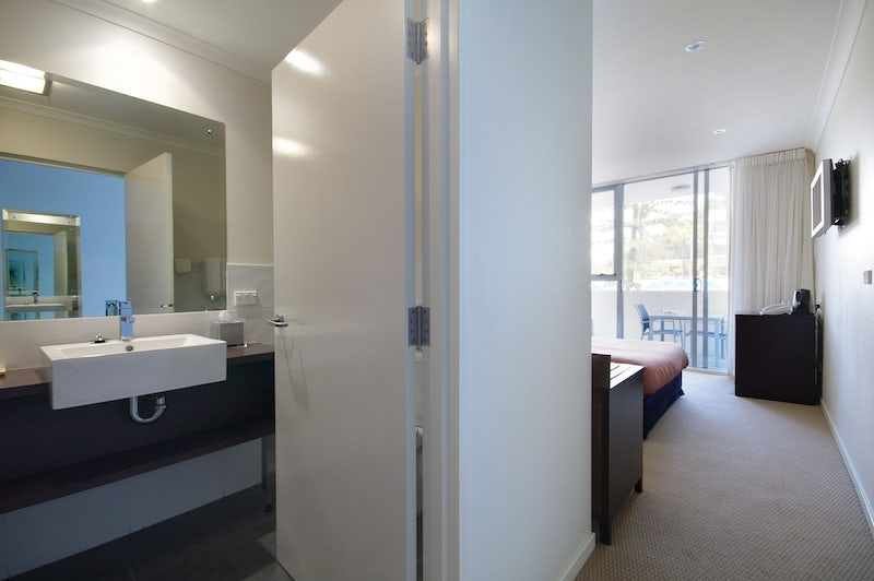 Port Macquarie Two Bedroom Apartment Bathroom Entrance