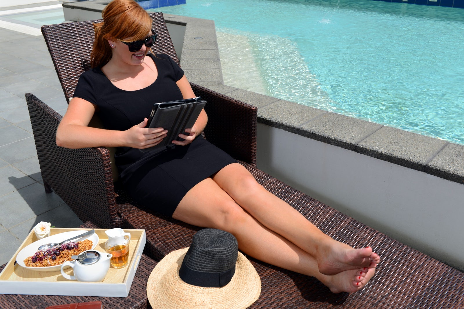 corporate offering poolside breakfast at macquarie waters hotel