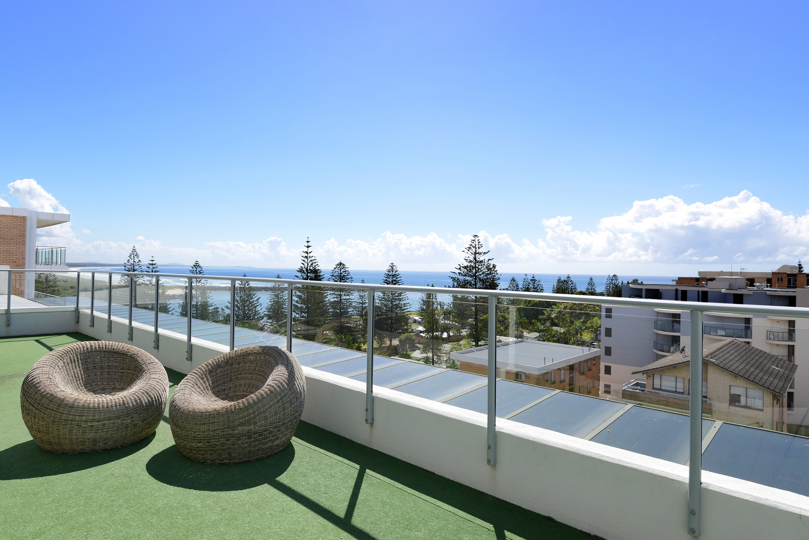Rooftop Views at Macquarie Waters Boutique Hotel