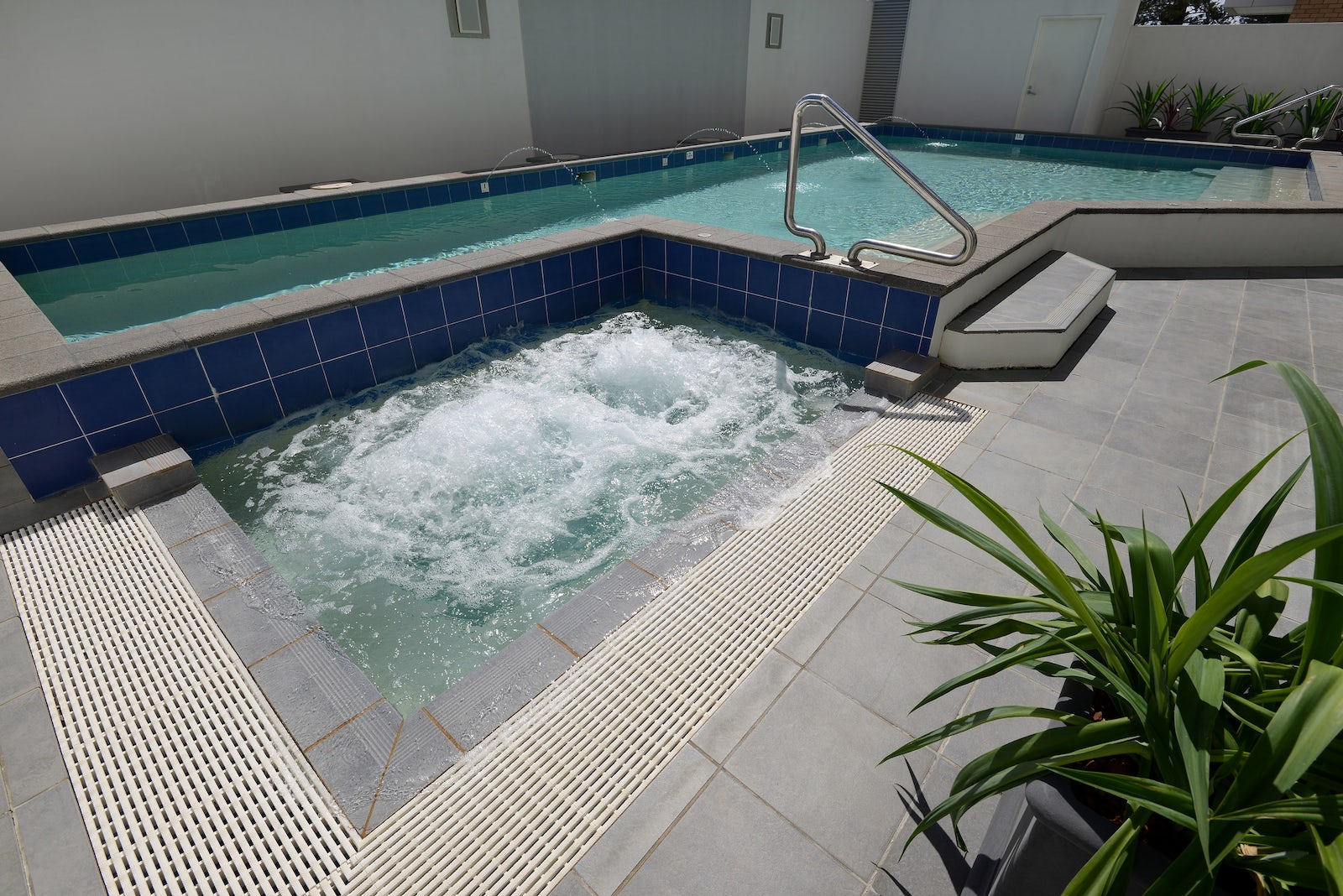 Relax in the pool at Macquarie Waters Boutique hotel