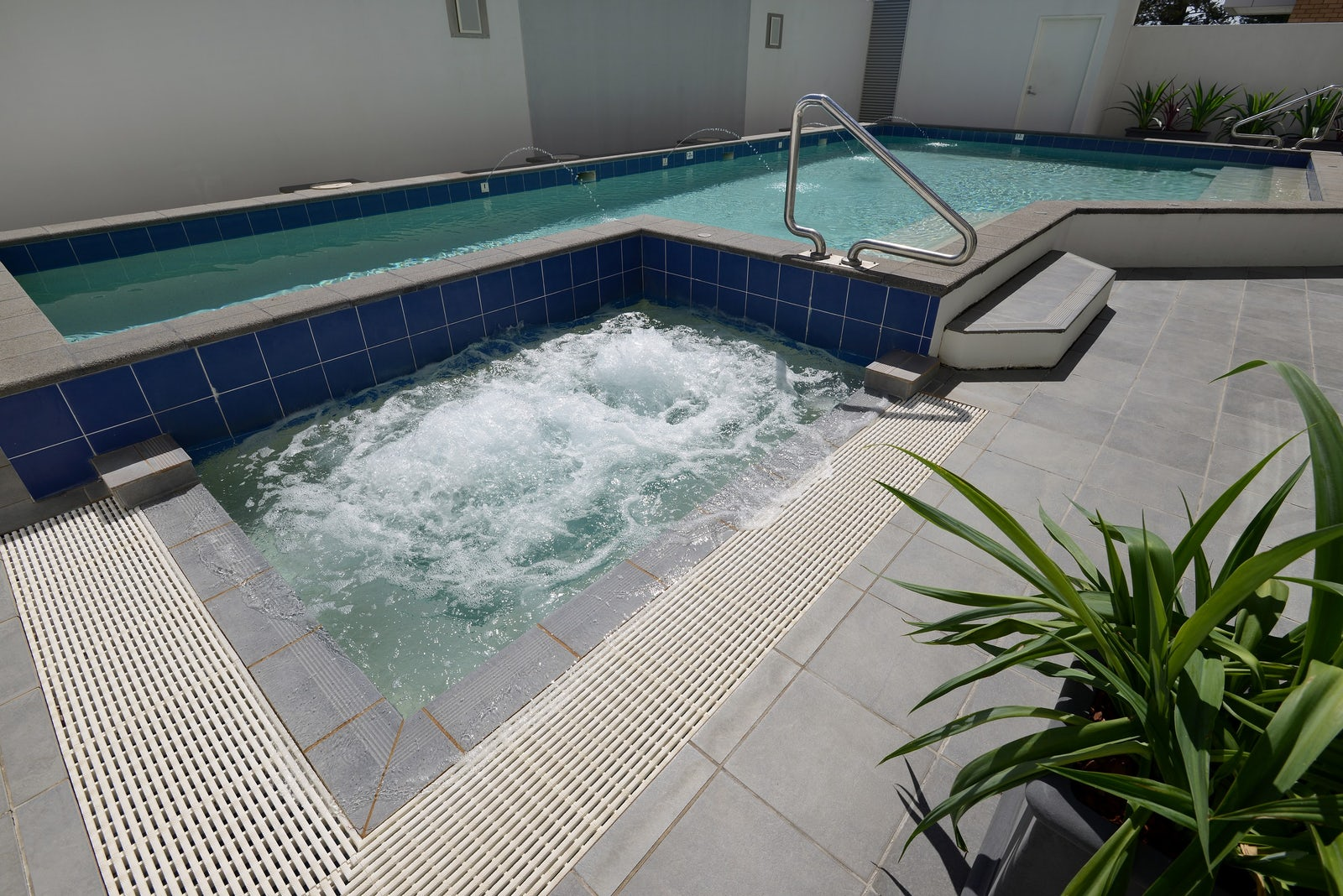 spa view macquarie waters boutique hotel